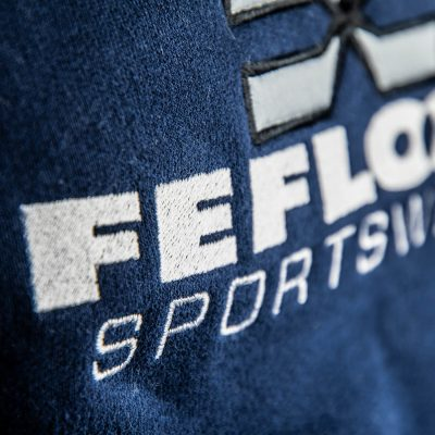 FEFLOGX Sportswear 1/4-Zip-Sweater, Detail Logo-Stick.
